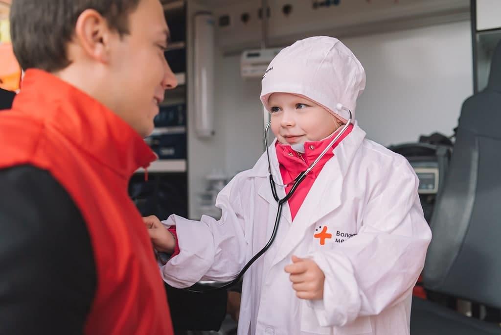 Школьникам Кирова рассказали, как оказать первую медицинскую помощь